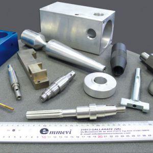 Produkte - Kundenspezifische, gedrehte mechanische Bauteile